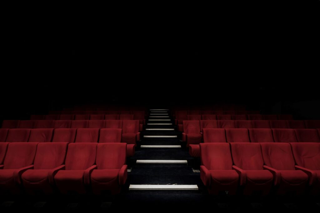 The entertainment industry in 2021: no respite for cinemas...